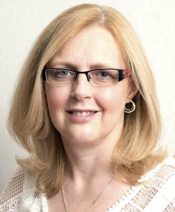 Dr Leonie Jones