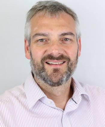 Dr Robert Callaghan